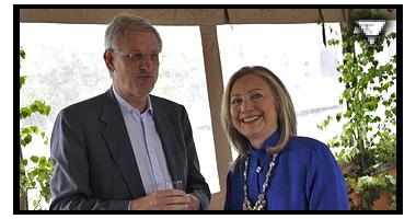Ny videokonfrontation; Carl Bildt blir utfr�gad om Bilderberggruppen m.m